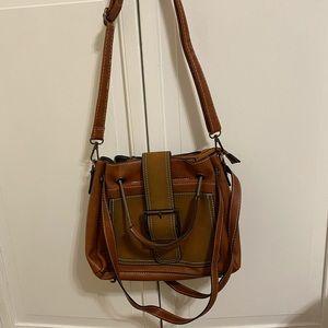 Crossbody or shoulder vegan leather bag